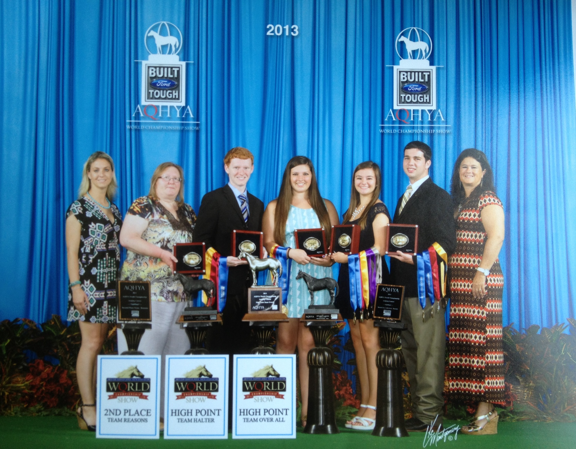 2013 AQHYA Champion Horse Judging Team