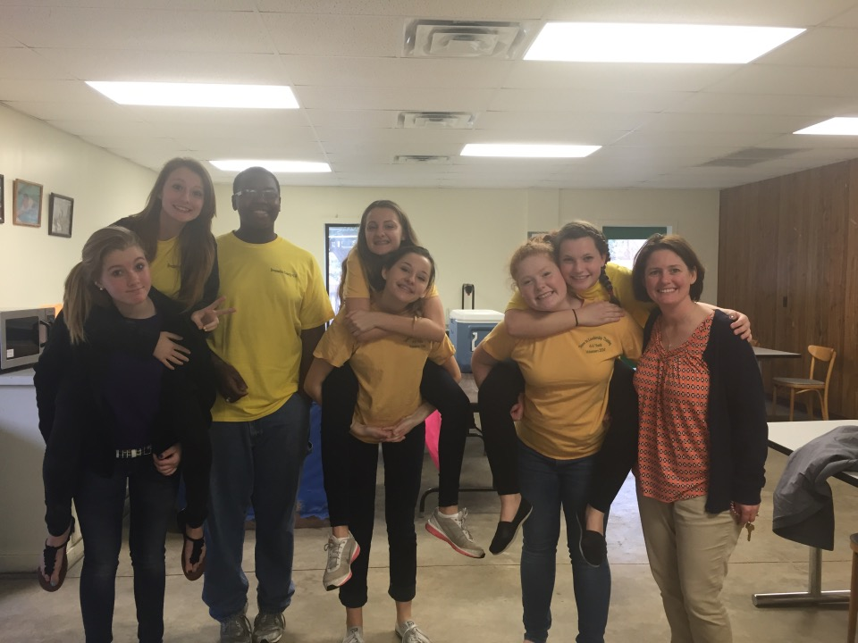 Brunswick County 4-H TiLT Youth Volunteers Deliver Organ Wise Guys to BIP Students