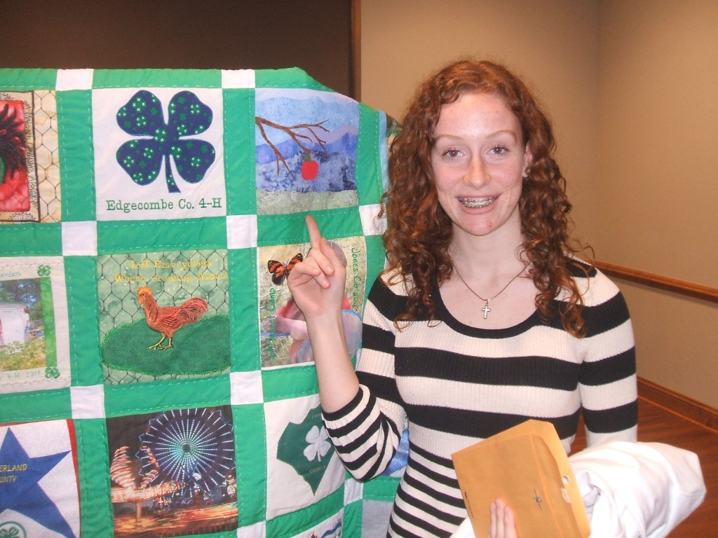 Hannah Worrell with quilt