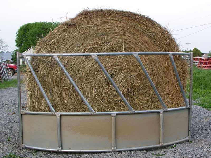 zoom hay in round bale feeders feeder htm