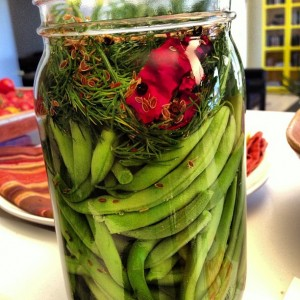 green beans in a jar